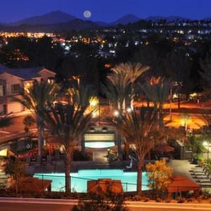 Cresta Bella night view
